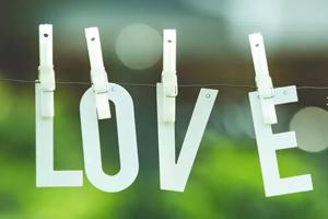 疫情蔓延的世界,爱才是最有力的支撑!